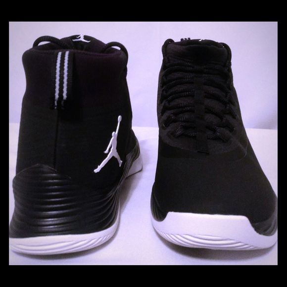save off e6ede 34a1d Jordan Ultra Fly 2 Black/White